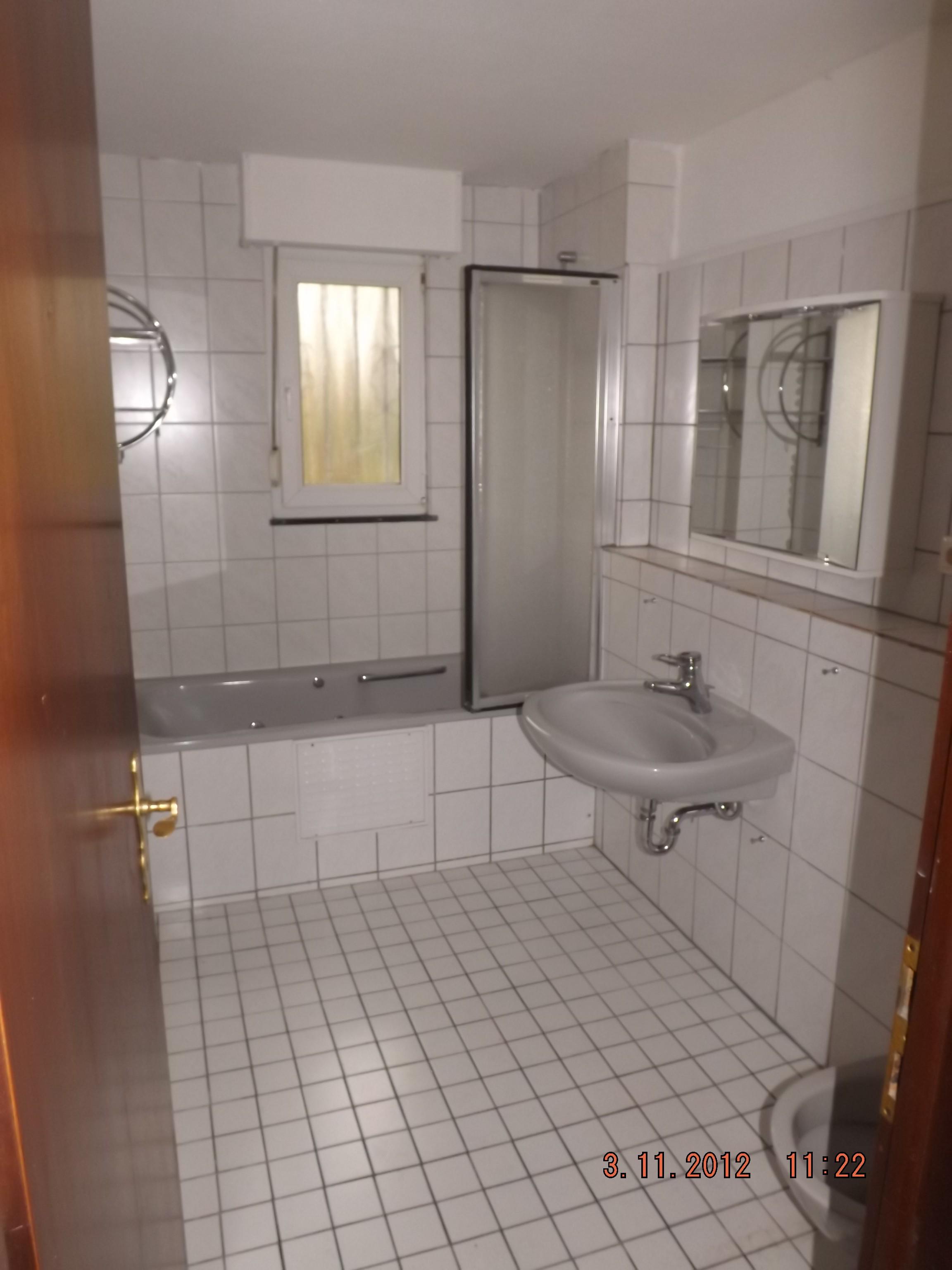 umbau badezimmer 2 allround hausmeister. Black Bedroom Furniture Sets. Home Design Ideas